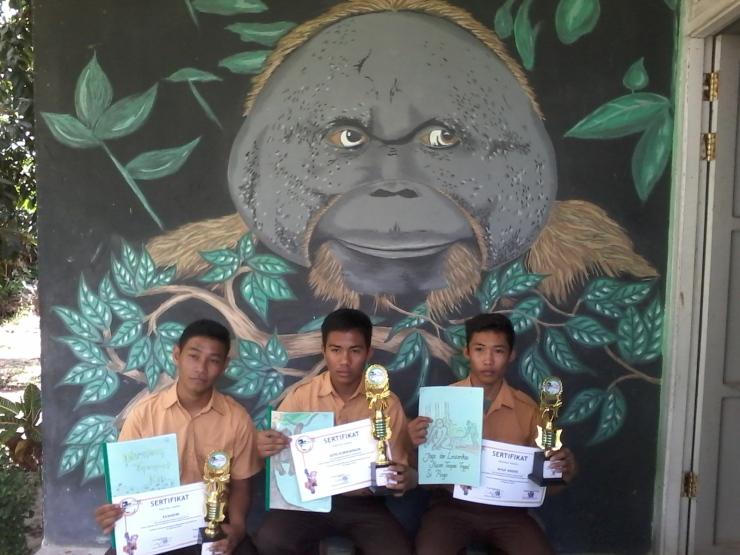 pemenang 1, 2 dan 3 lomba komik dalam WOD 2014