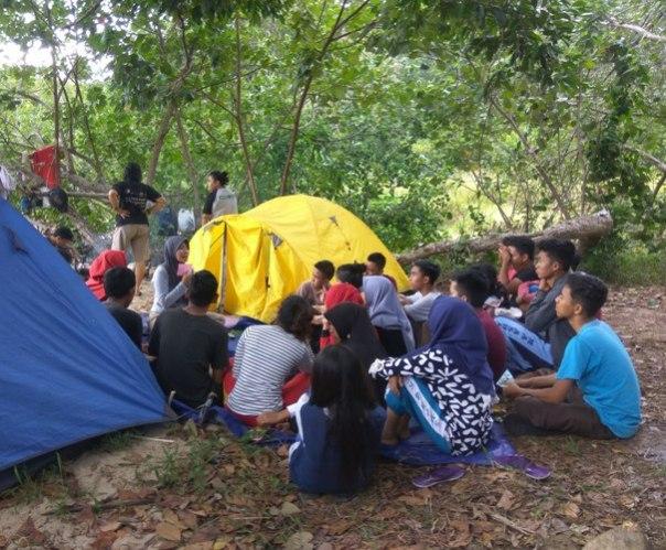 Saat diskusi tentang keanekaragaman hayati. Foto dok. Yayasan Palung