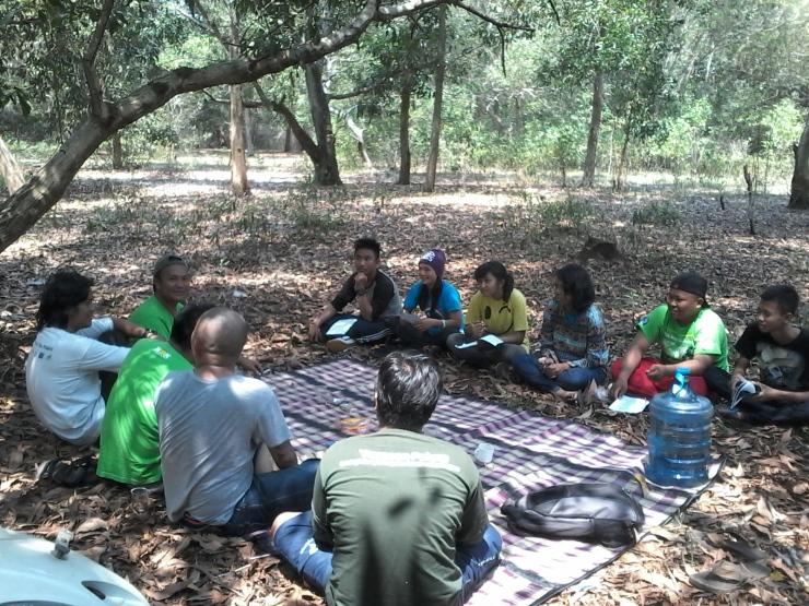 Relawan Tajam menerima materi tentang Pengamatan Burung, Abdurahman Alqadrie