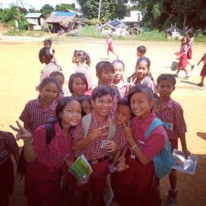 Murid-murid SD di Tayap yang mengikuti lecture