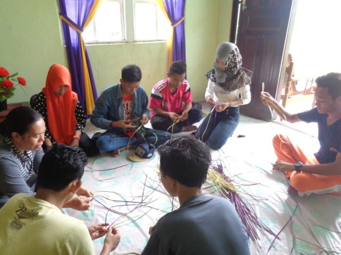 Workshop Training Kerajinan, SMKN 1 Sukadana (2)