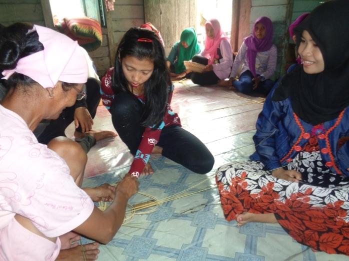 Workshop Training Kerajinan, SMKN 1 Sukadana (3)