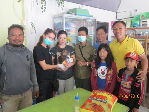 Rescue Orangutan milik pemilihara Bapak Acuan di Sandai. Foto dok. Yayasan Palung