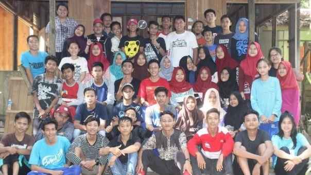 Para Relawan Yayasan Palung yang tergabung dalam TABONK. Foto dok. Yayasan Palung