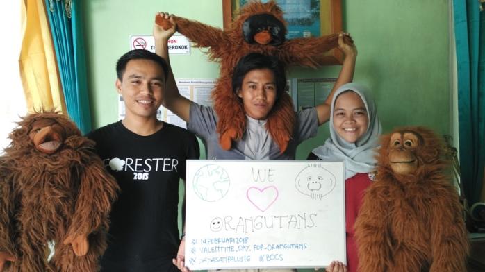 Pesan kami semua, Kami sayang orangutan. Yayasan Palung