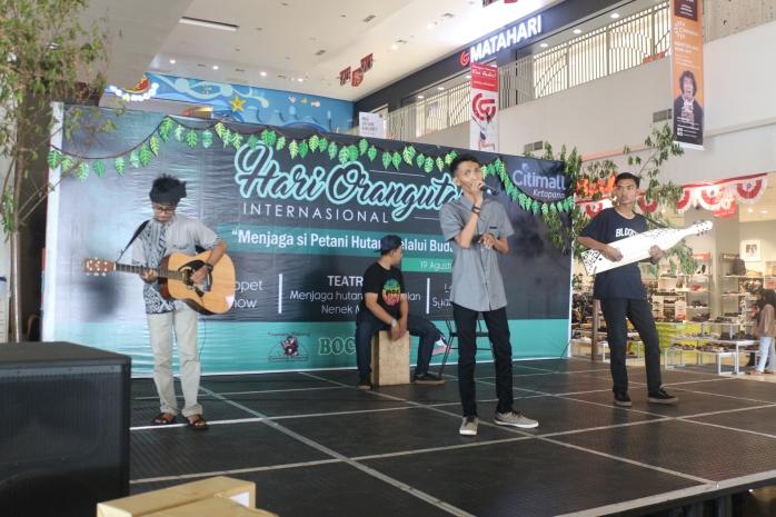 Egi's and Friend band saat mengisi acara IOD.JPG