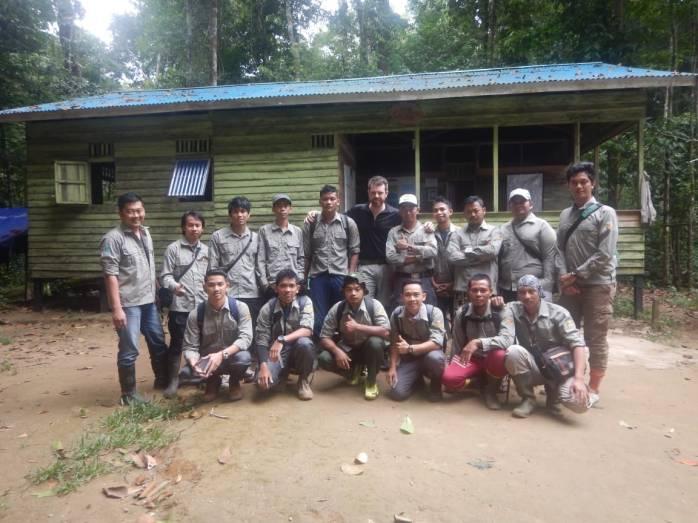 Foto Semua Peserta Field Course di Gunung Palung