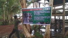 Pemasangan media kampanye tentang satwa dilindungi sebagai media penyadartahuan (media informasi)